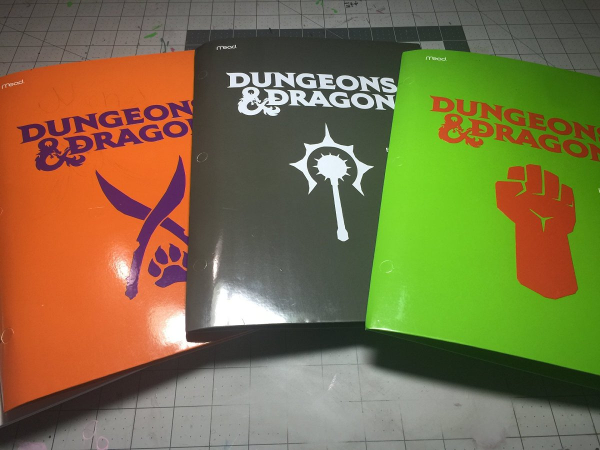 Custom Dungeons and Dragon Folders