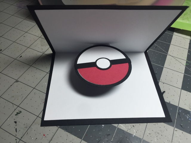 Pikachu Pop-Up Pokéball Card